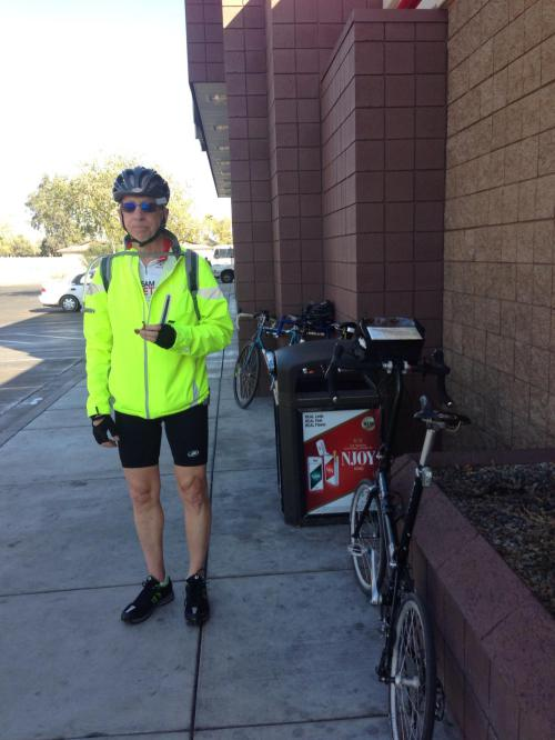 Pit stop on the way to Apache Junction around 3:30 in the afternoon.