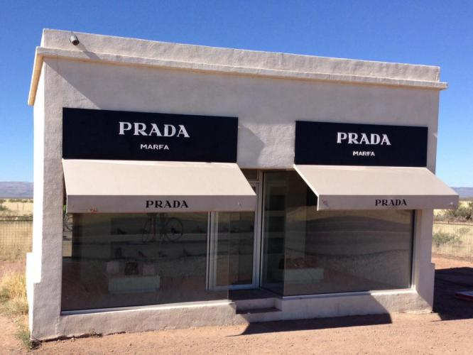 "Every Southern Tier blog has a picture of the sign past Hope, AZ and a picture of this Prada ""store"" on the way into Marfa."